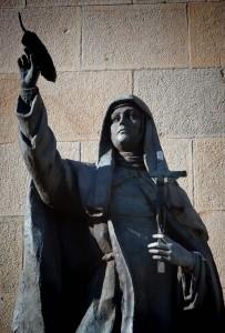 Estatua Sor María Diputación de Soria